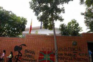 El dictador Maduro tiene a Sánchez de rodillas: la embajada de España en Caracas sin luz y rodeada de espías bolivarianos