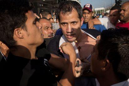 La pataleta chavista tras la gira exitosa de Guaidó: militares y paramilitares lo agreden al aterrizar en Caracas