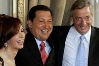 El 'valijagate' que puso contra las cuerdas a Kirchner acorrala ahora a Sánchez: así cazaron a un chavista con 800.000 dólares en Ezeiza