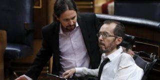 """Pablo Iglesias saca a pasear su chulería cuando un diputado de la derecha increpa a Echenique por la eutanasia: """"¿Quién ha dicho eso?"""""""