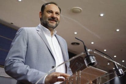 El juez del 'Delcygate' exige 25.000 euros a Vox y Partido Laócrata para investigar las querellas contra Ábalos