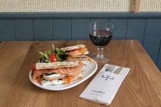 Descubre los platos más destacados de LTL Barra Lateral Vergara, el nuevo concepto gastronómico de Lateral