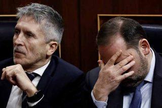 Marlaska, tarde y mal: cierra ahora las fronteras de España y censura las redes