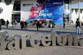 Máxima aprensión en el Mobile World Congress por el coronavirus ante la llegada de 7.000 chinos: empresas que se dan de baja y una loca prohibición
