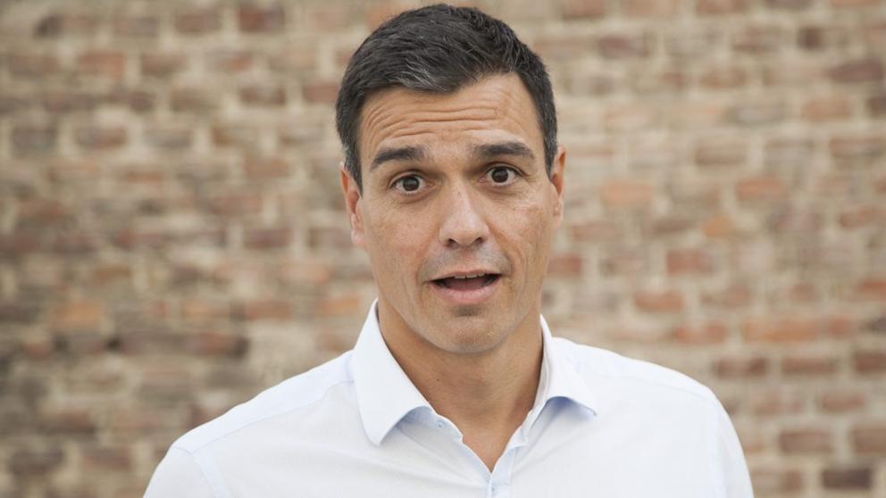 Pedro Sánchez mandó en autobús a sus ministros al 'guateque' campestre de Quintos de Mora y él fue en helicóptero