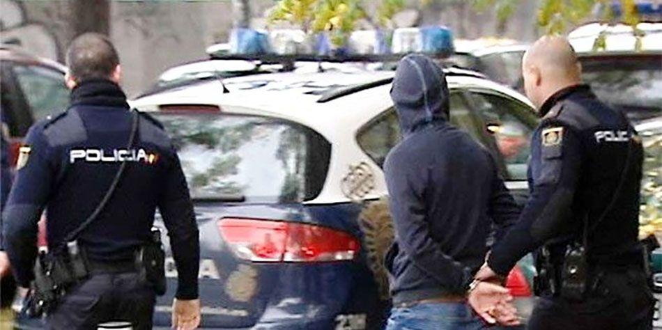 ¡Alerta Hospital! un preso magrebí intenta fugarse y da con el policía campeón Mundial de Karate