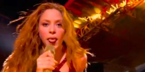 Super Bowl: El viral lengüetazo de Shakira en la final que arrasa en redes sociales