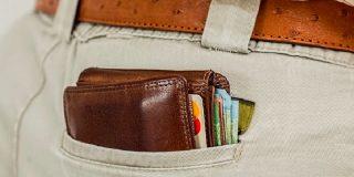 Tarjeta de crédito: pagar con plástico es 2 veces más caro que hacerlo en efectivo
