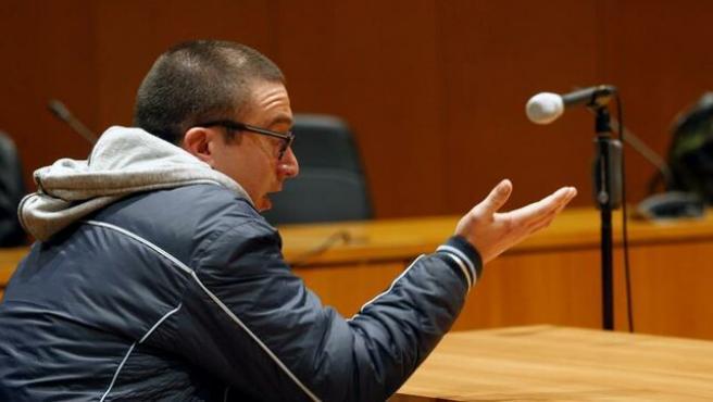 """Un pervertido admite sus abusos a 14 niñas en La Coruña: """"Iba detrás de ellas y las tocaba"""""""