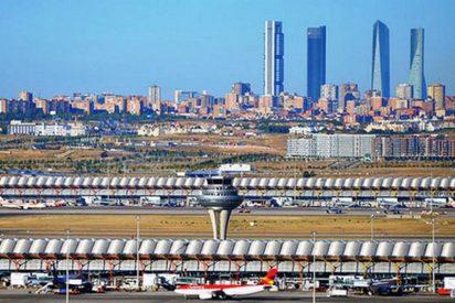 Reabre el aeropuerto de Madrid-Barajas, cerrado por el 'ataque' de unos drones desconocidos
