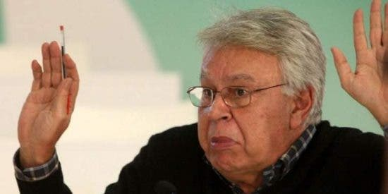 Felipe González no se muerde la lengua y ve 'gato por liebre' en la entrada de Pablo Iglesias al CNI