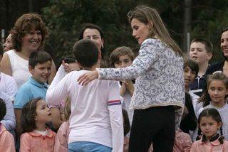 ¿Qué pasa con la Reina? Cisma en Casa Real por el grave desprecio público de Doña Letizia a un niño