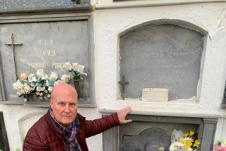 Homenaje a un Guardia Civil Democrático fallecido, a Don Manuel Linde.Victima de la criminal Operación Columna.
