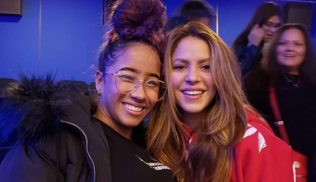 """La profesora de baile de Shakira para la Super Bowl tiene 18 años y es """"echada p'alante"""""""