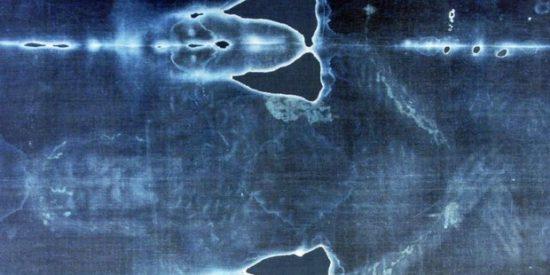 La Sábana Santa: un médico español descubre el 'gran milagro' oculto en el lienzo