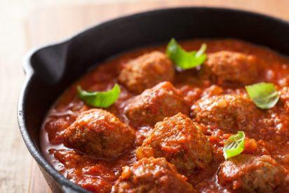 Albóndigas en salsa de tomate: la receta tradicional