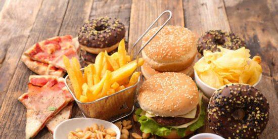 Dieta en cuarentena: Los 10 alimentos que más engordan y que te harán ganar hasta 4 kilos