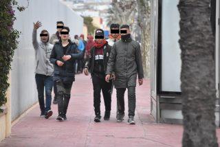 Ceuta: se necesitan tres cuerpos de seguridad para que los 'Mena' cumplan el aislamiento del coronavirus