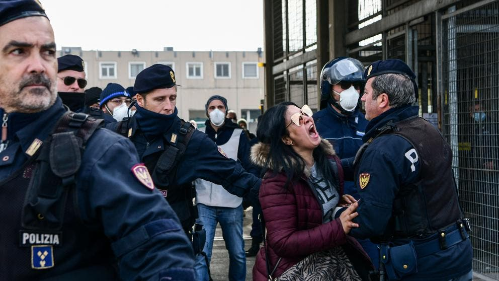 Motines en las cárceles italianas por el coronavirus: seis muertos y una crisis que se extiende