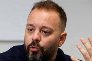 Antonio Maestre, que presumía de 'guerrillero', ahora lloriquea por el escrache a Ábalos