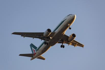 Coronavirus: cancelan vuelos a Italia por el miedo a la propagación