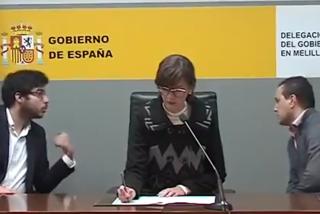 Un micrófono abierto desvela el 'truquito' técnico del PSOE al abordar los datos del coronavirus
