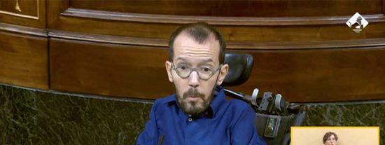 Pablo Echenique, ahogado a zascas por ensalzar a Pilar Bardem como benefactora de los más desfavorecidos