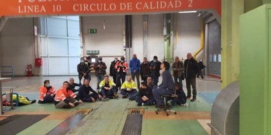 Insurrección en la fábrica de Mercedes-Benz en Vitoria: empleados exigen el cierre por coronavirus