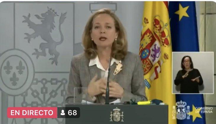 """Calviño reconoce una """"ralentización significativa"""" de la economía, pero se escabulle para evitar hablar de crisis"""