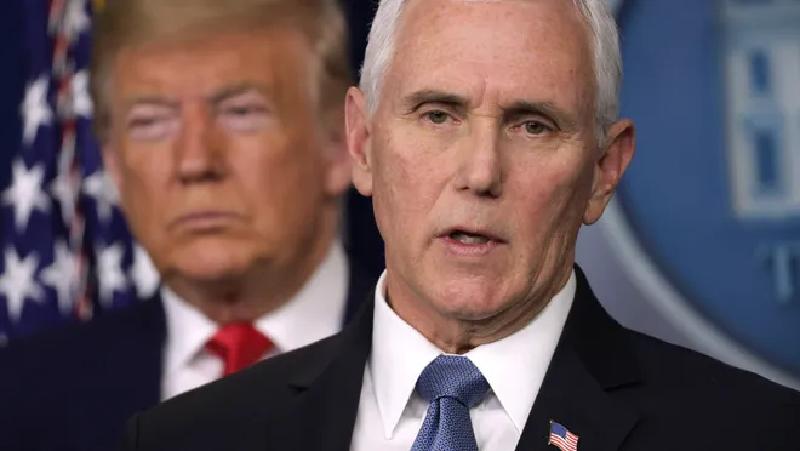 Los demócratas presionan a Mike Pence para que destituya a Donald Trump en la presidencia de EEUU