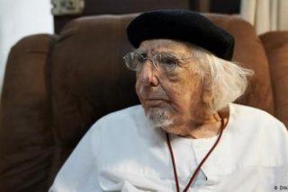 Nicaragua: muere el poeta y sacerdote Ernesto Cardenal, el 'cura sandinista' que encaró a Daniel Ortega