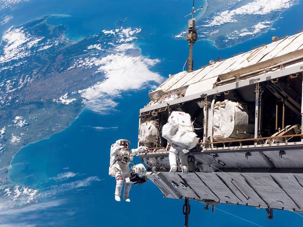 Rusia desplegará su propia estación espacial, pero no abandonará la ISS
