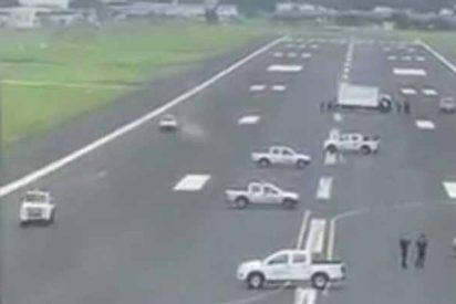 Españoles apestados: una alcaldesa de Ecuador ocupa la pista de aterrizaje para impedir a un avión de Iberia pisar su suelo