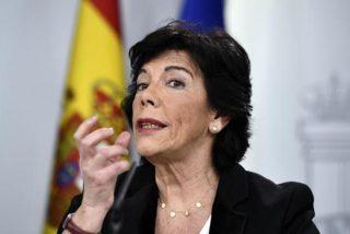 El Gobierno socialcomunista de Sánchez e Iglesias da un golpe mortal al español en Cataluña