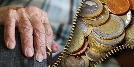 Tremendo palo a 75.000 pensionistas: Hacienda recorta por sorpresa su paga extra