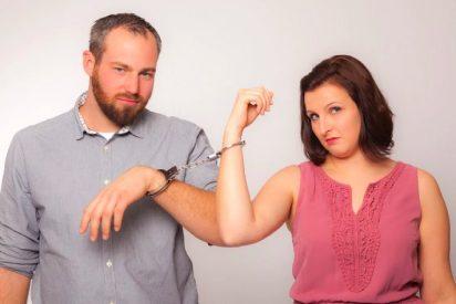 Chiste: el del matrimonio, los regalos y la convivencia conyugal