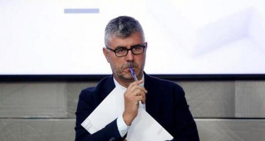 Miguel Ángel Oliver olvida su papel institucional y jalea en el chat de la prensa el apoyo de Ciudadanos a Pedro Sánchez