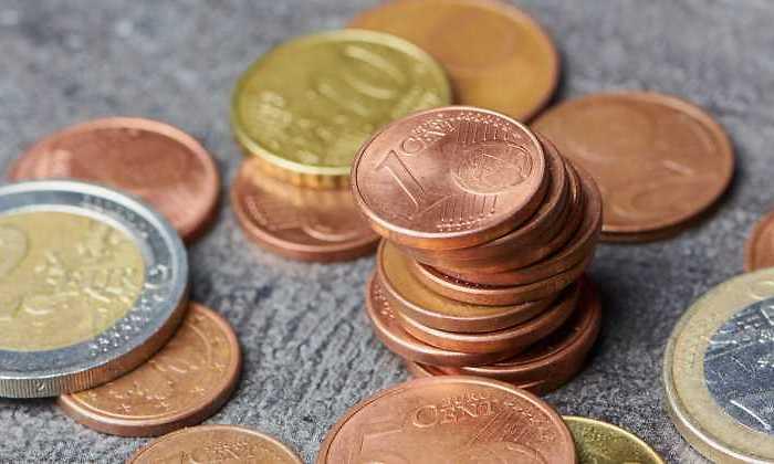 Los autobuses públicos no aceptan ya el pago con monedas o billetes por miedo al coronavirus