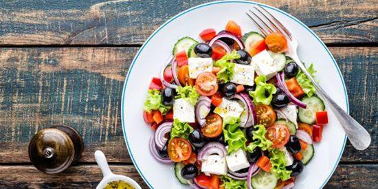Ensalada griega: Fresca y nutritiva