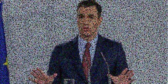 Le preguntan a Pedro Sánchez por su responsabilidad en el 8-M y el caradura apunta a los científicos