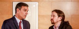 Pablo Iglesias y la 'banda de la tarta' asaltan el Gobierno y Pedro Sánchez sigue durmiendo