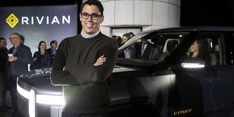 R.J. Scaringe, el joven multimillonario de moda que pone en peligro a Elon Musk y a Tesla