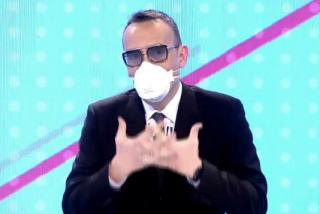 El Quilombo / Póngase mascarilla para ver televisión: los que decían que el coronavirus no mataba y que era una simple gripe