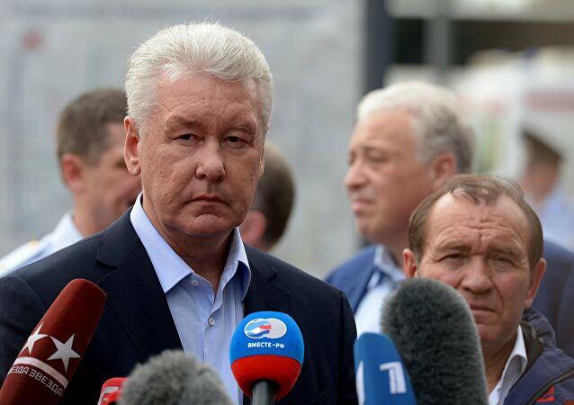 Obedeciendo órdenes de Putin, el alcalde de Moscú decreta el confinamiento de los 14 millones de habitantes de la capital de Rusia