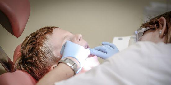 Dentistas: el Gobierno abocará a miles de clínicas a la ruina si no decreta el cierre y permite los ERTE