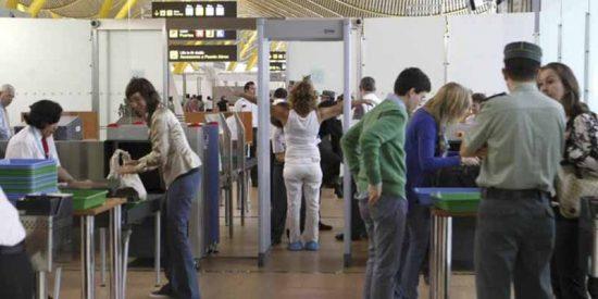 El Gobierno no endurecerá las medidas de llegada de turistas europeos a España, salvo pedir una PCR