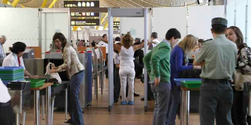 El Gobierno prorroga hasta el 27 de abril la limitación de vuelos directos con Brasil y Sudáfrica