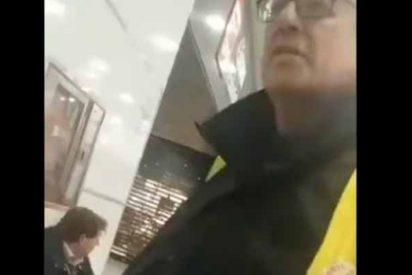 """Un vigilante de Adif Girona pierde las formas en plena estación: """"Si quieres respeto, te vas a tu país, ¿te echaron por maricón?"""""""