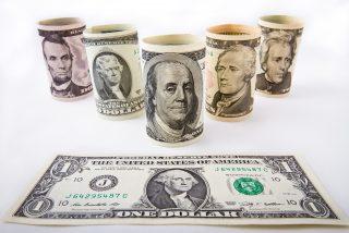 El Dow Jones se desploma un 13% al cierre de la segunda peor sesión de su historia