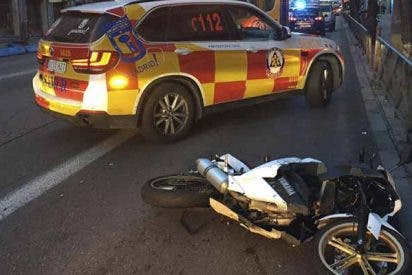 Indolencia criminal: Un motorista muere tras ser atropellado en la calle Alcalá y el coche se da a la fuga